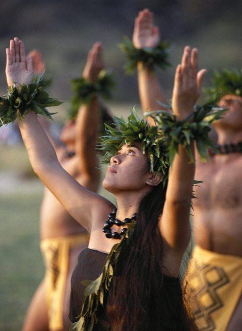 kahiko-hula-dancers-allan-seiden--printscapes.jpg